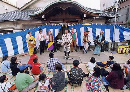 「大須大道町人祭」(名古屋市・大須商店街)